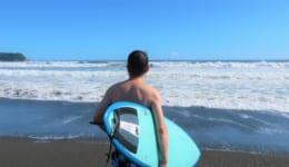 サーフィン 男性